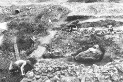 Batsford Furnace, excavating the phase 2 furnace: photo B. Herbert