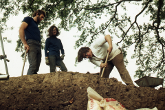 Excavating: photo A. Chatwin
