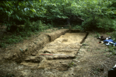 Cobhambury Wood, Edenbridge, excavated road surface: photo J. Hodgkinson