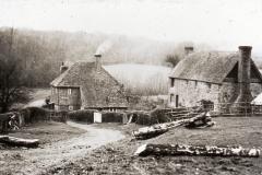 Darwell Furnace cottages c.1936: Photo J. Manwaring Baines