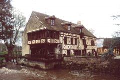 Le Moulin du Fourneau, north of Beauvais